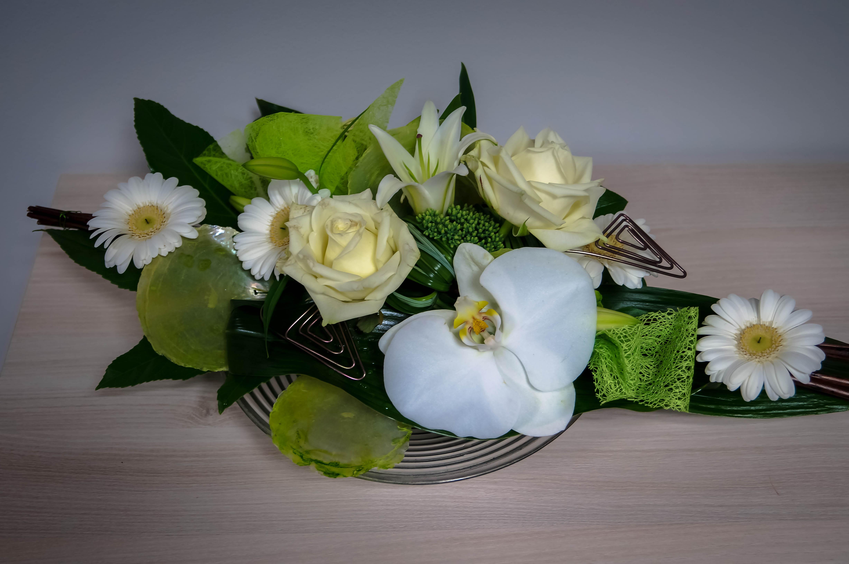 mariage brigand fleurs. Black Bedroom Furniture Sets. Home Design Ideas